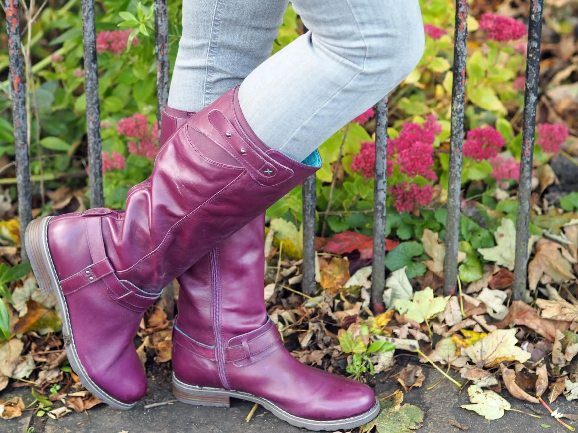 what lizzy loves purple knee high boots grey skinny jeans