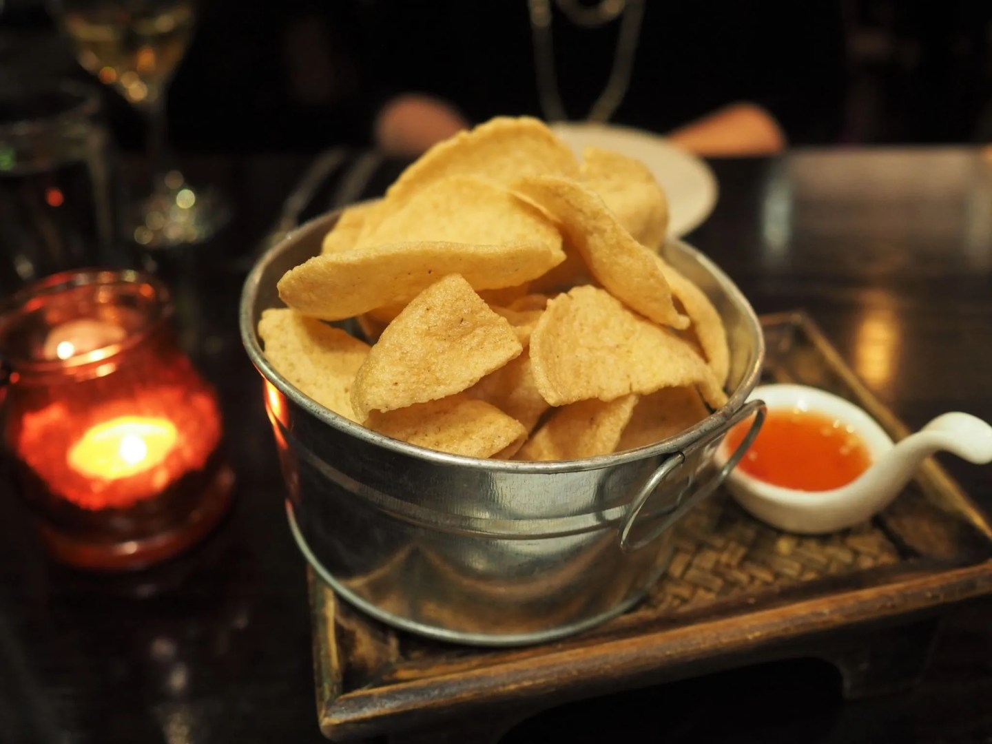 What Lizzy Loves Sukhothai restaurant review deep fried prawn crackers