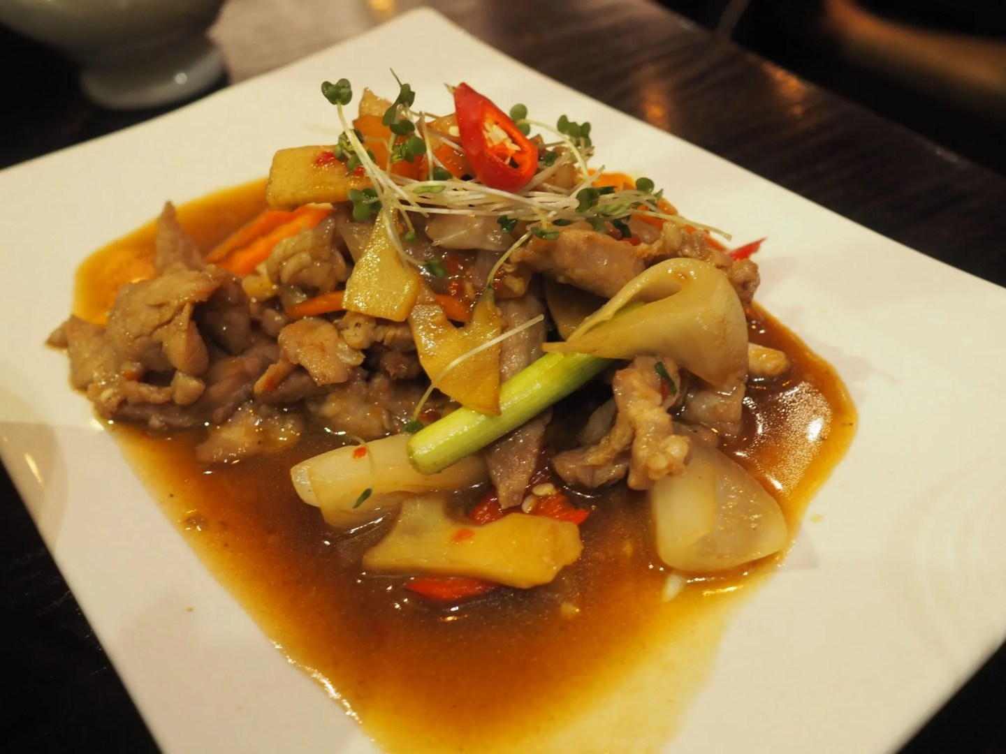 What Lizzy Loves Sukhothai restaurant review Leeds, stir fry pork