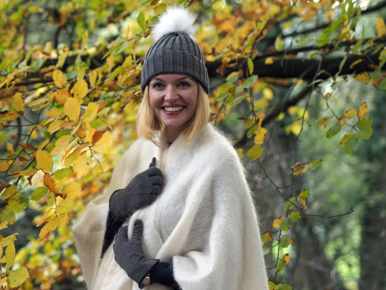 What Lizzy Loves mistletoe Christmas jumper cream ecru mohair serape pom pom hat over 40