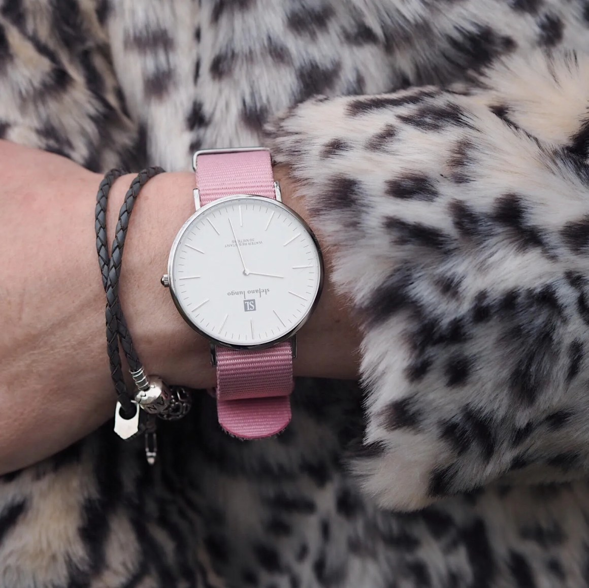 what Lizzy Loves leopard coat, pink watch grey leather Pandora bracelet