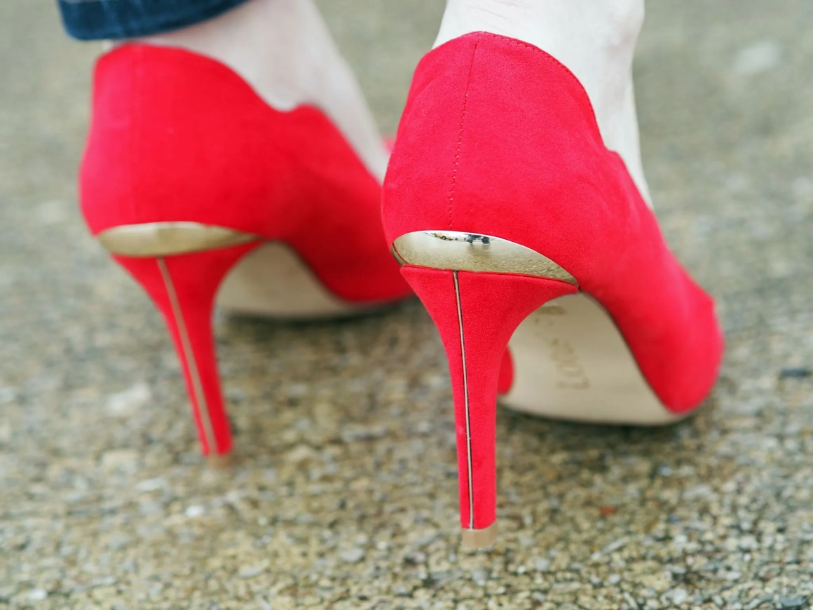what-lizzy-loves-red-Lotus-court-shoes-heels