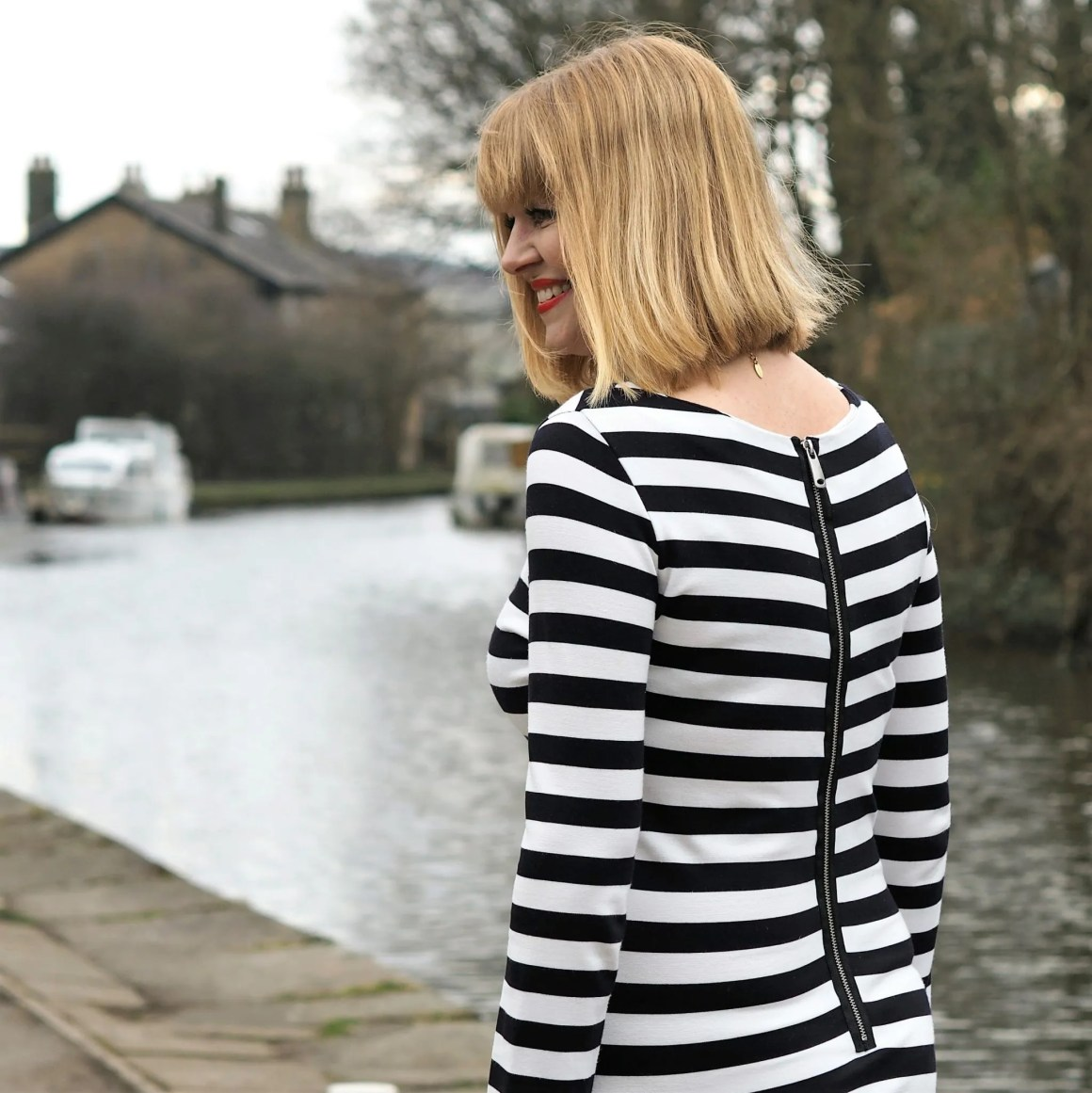 What Lizzy Loves black striped long dress close up zip detail