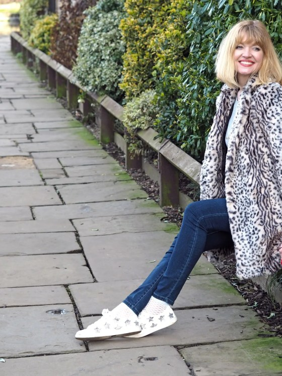 what-Lizzy-Loves-Glitter-star-trainers-leopard-coat