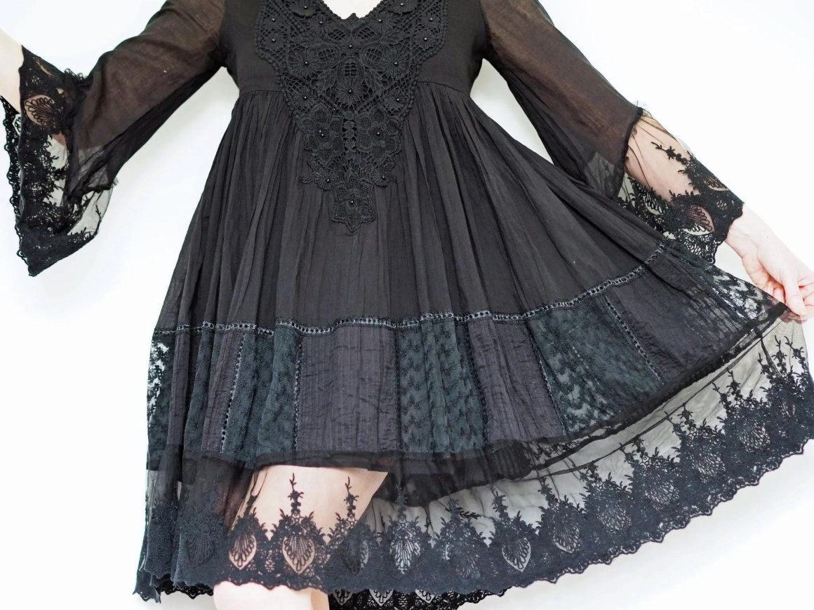 what lizzy loves neutral holiday wardrobe Iconique cadiz dress
