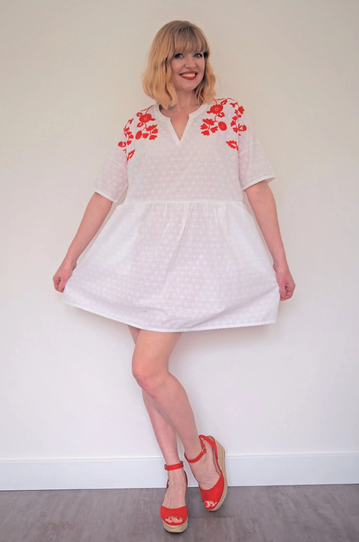 what lizzy loves red and white dress