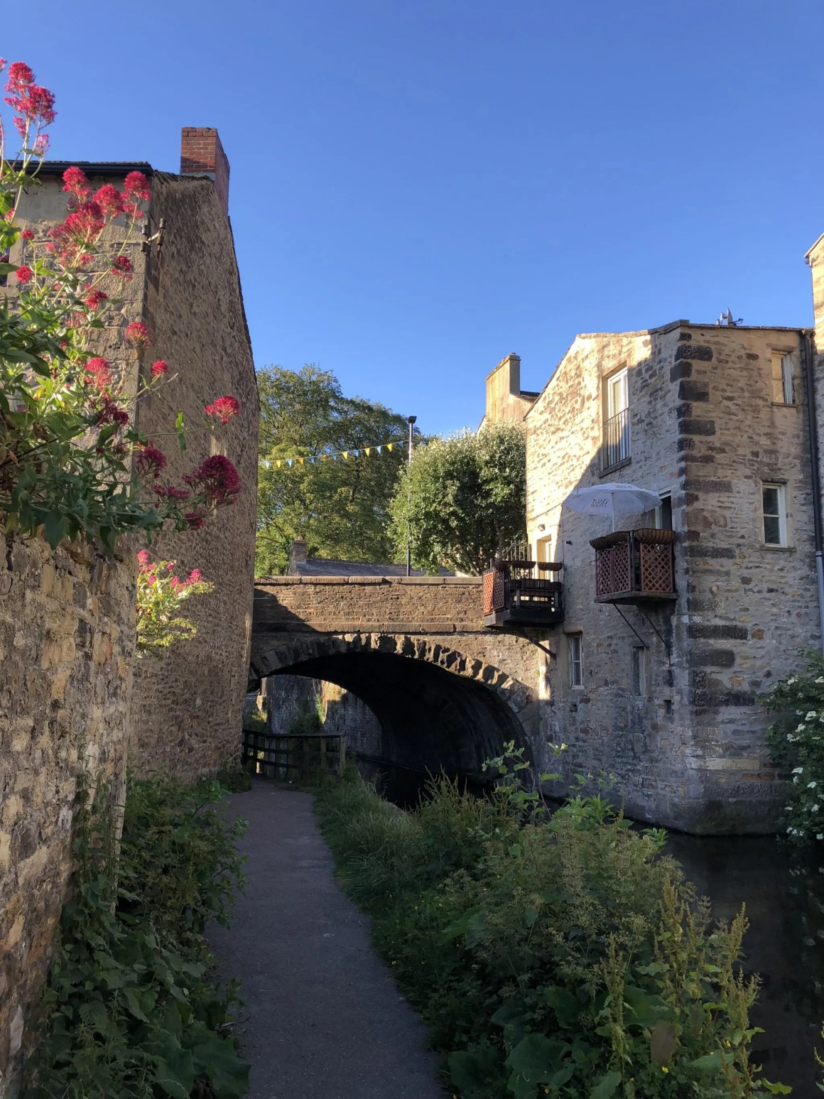 what lizzy loves skipton