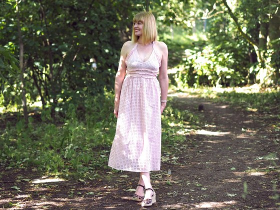 what lizzy loves in the pink broderie dress