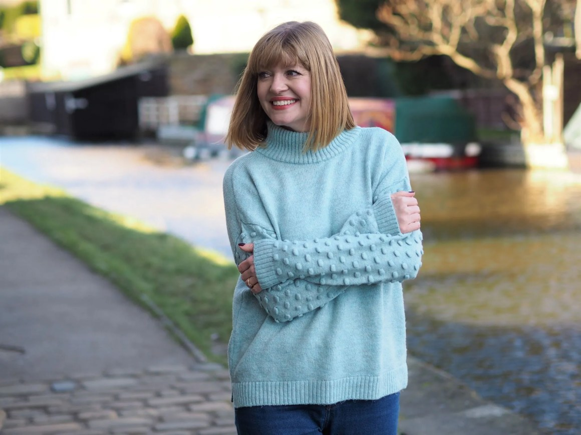 Aqua bobble sleeve jumper and jeans