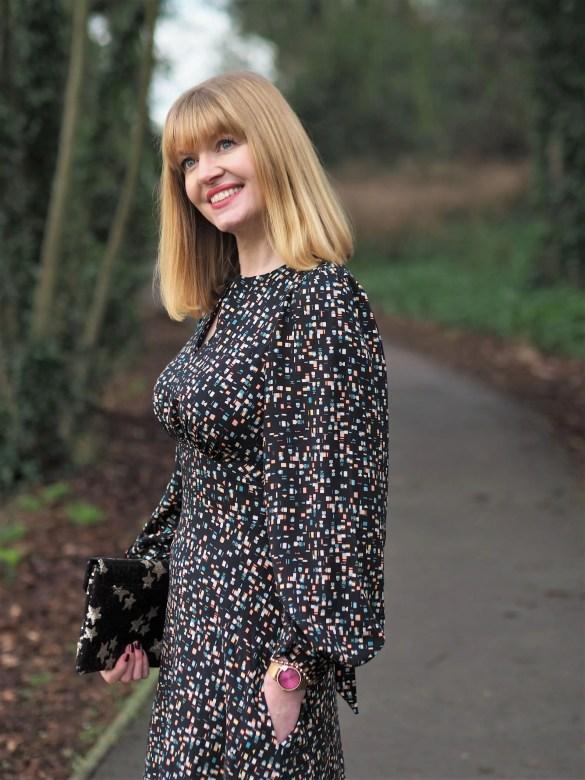 Closet London black pattern puff sleeve dress