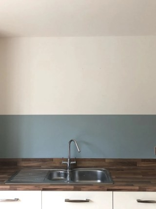 DIY kitchen splashback with paint