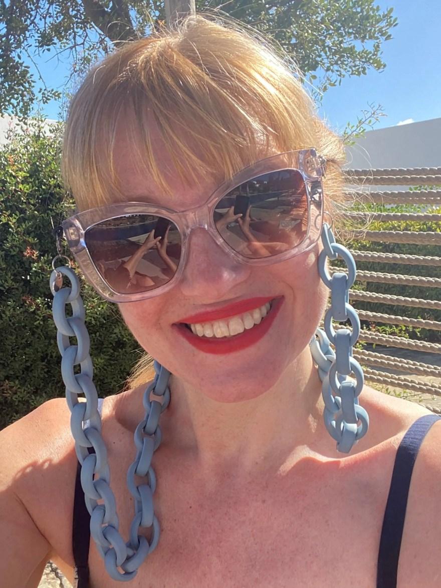 stylish glasses chain