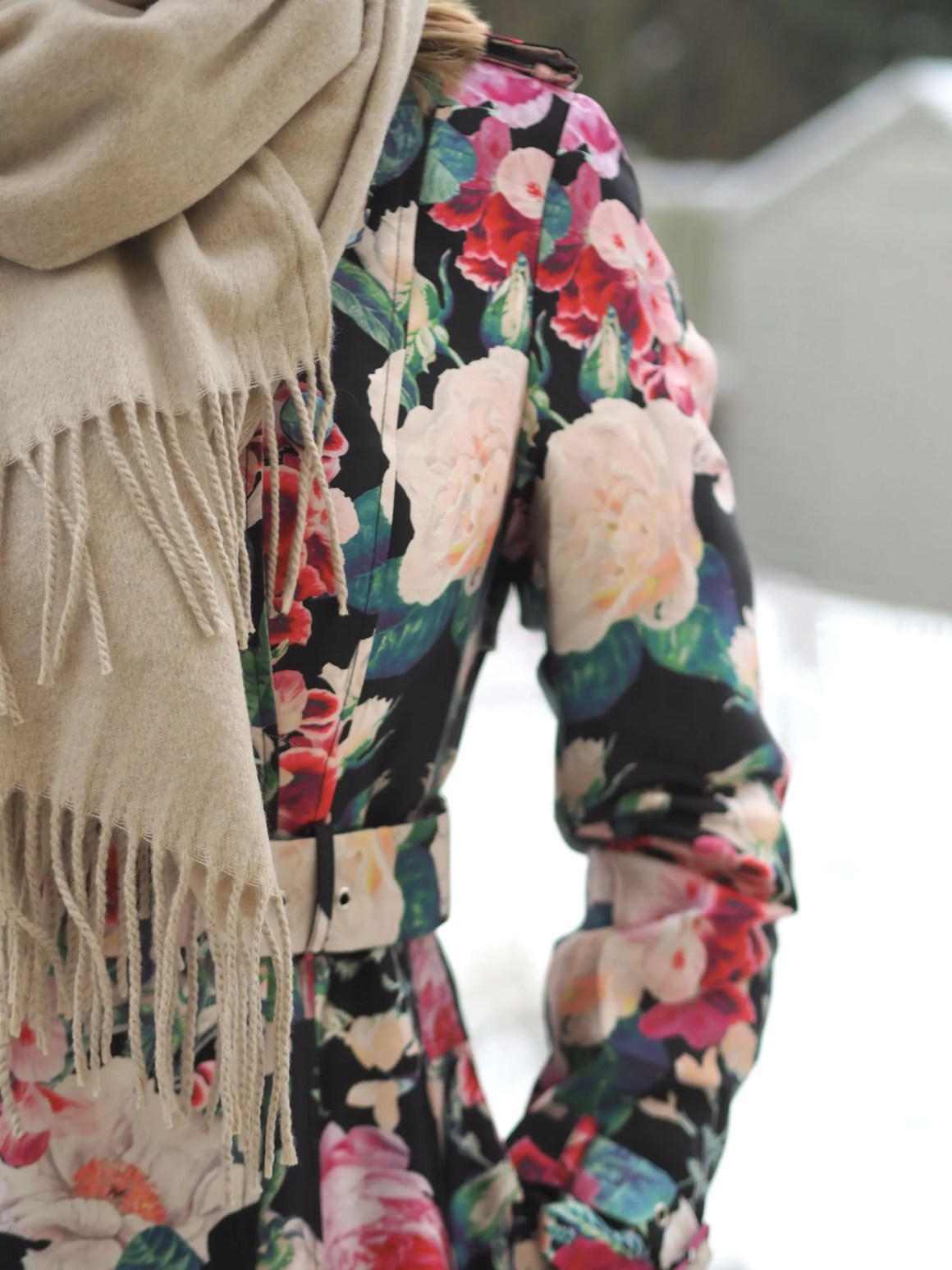 floral jacquard trensh coat and neutral winter scarf
