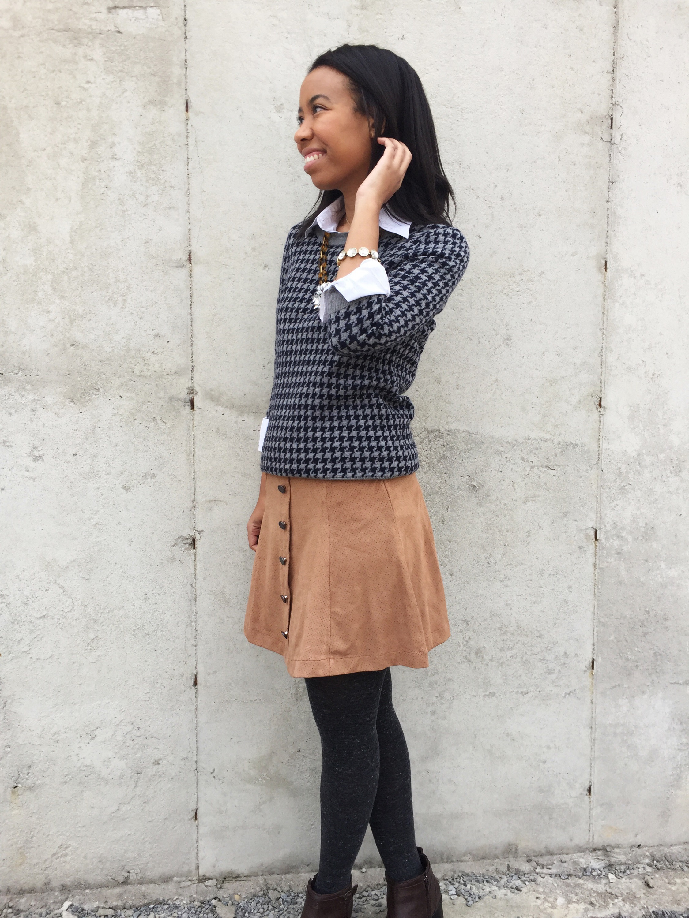 What Nicole Wore: Suede Skirt + Houndstooth