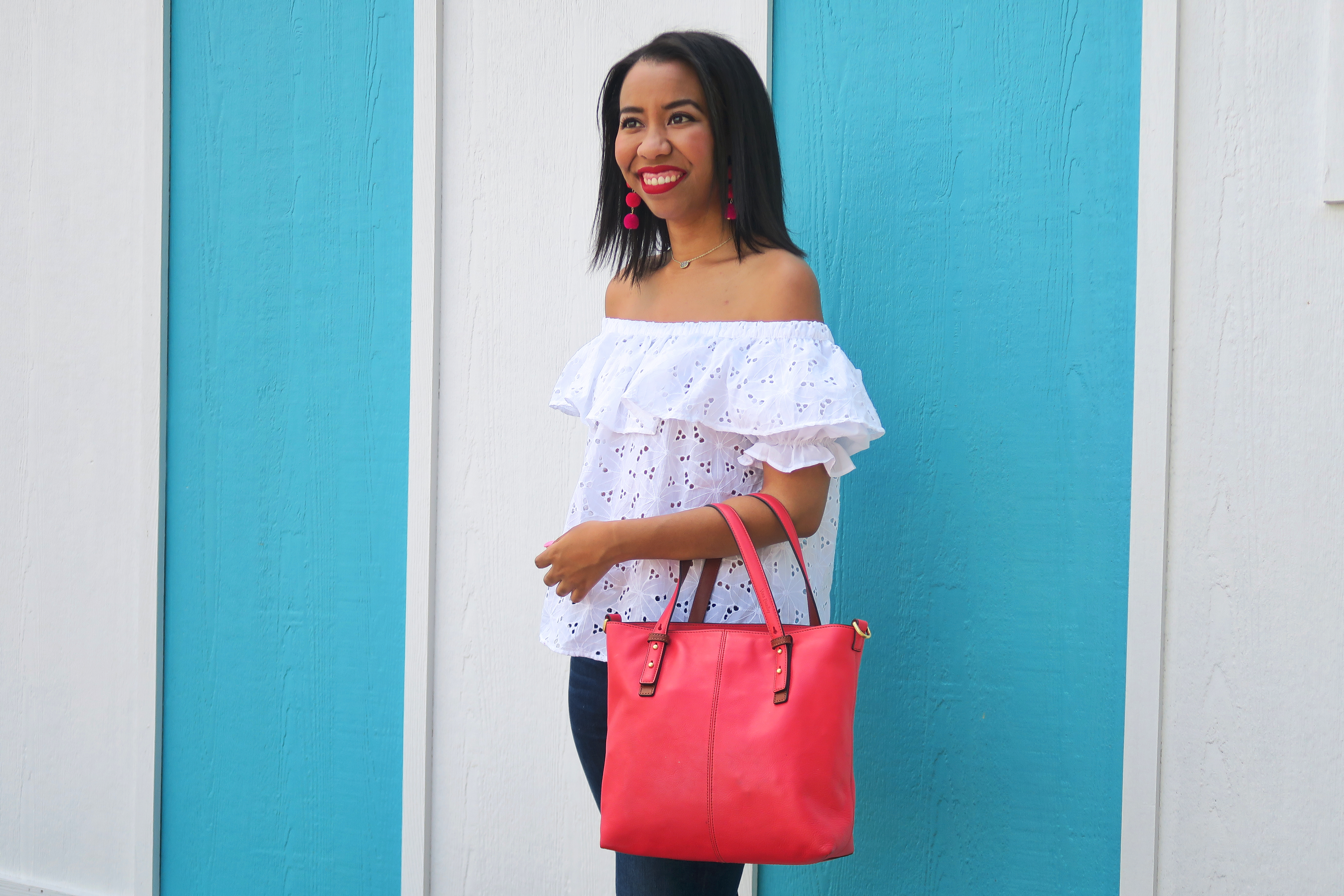 Getting dressed for 4th of July? Fashion blogger, What Nicole Wore, styles a white eyelet top that's perfect for July 4 and beyond.