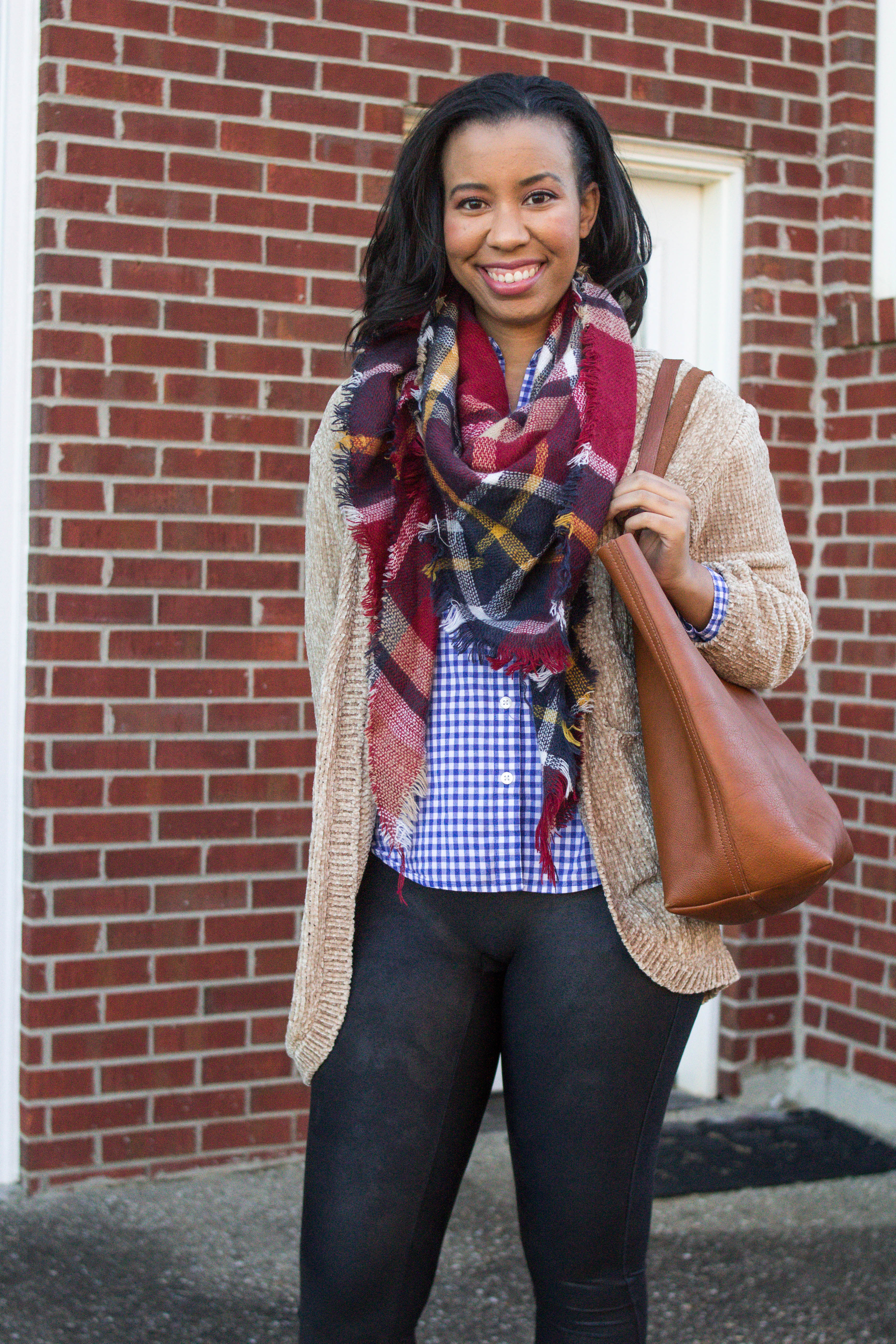 Popular style blogger, What Nicole Wore, shows how to take ten wardrobe staples and create twenty fall outfits with a fall capsule wardrobe. // blanket scarf outfit inspiration, burgundy scarf outfit ideas, black leggings outfits, chenille cardigan, tan cardigan outfit inspiration