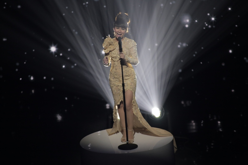 asias got talent Gerphil Geraldine Flores 1