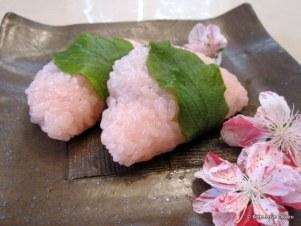 6-Sakura-Mochi-Bebe_Love_Okazu