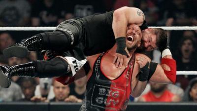 Kevin Owens vs Ryback