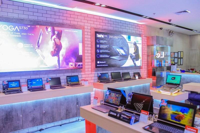 Lenovo SM Megamall Concept Store 2