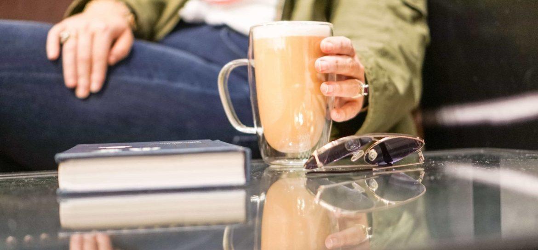 What's On My Bookshelf- Winter 2019 #whatsavvysaid #winterbooks #winterreads #coffeeshop #tealatte #whatsavvyread #aneditedlife #bookworm