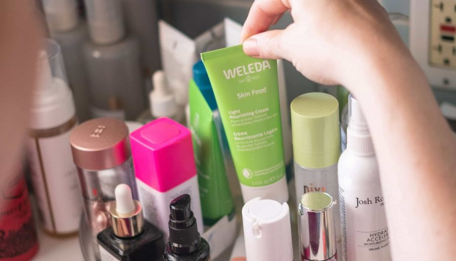 Affordable Clean Skincare Under $25 #whatsavvysaid #cleanskincare #affordableskincare #cleanbeauty #weledaskinfood #cleanmoisturizer #myskincarecollection