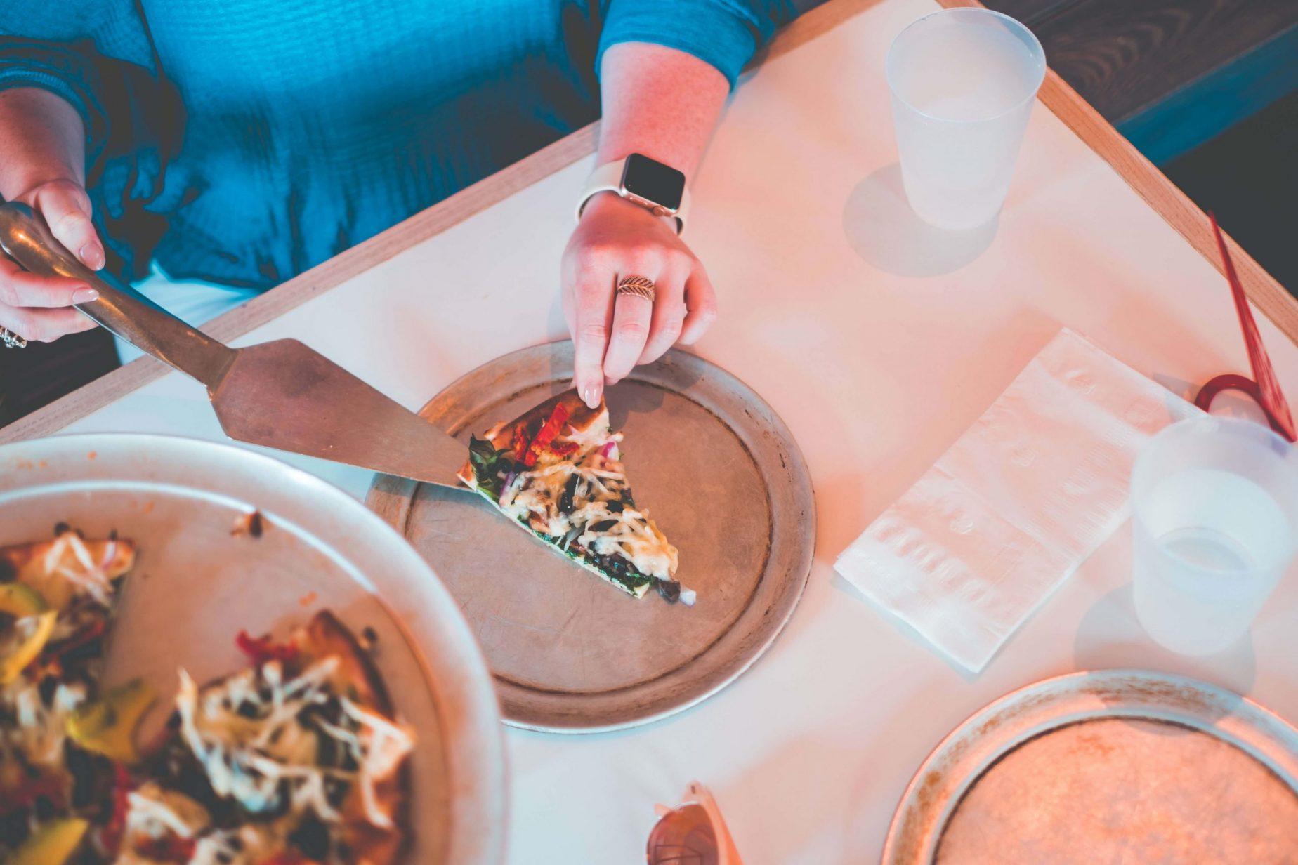Where To Find The Best Gluten Free Pizza On 30A #whatsavvysaid #glutenfree #glutenfreepizza #30a #rosemarybeach #bestpizza30a #rosemarybeachpizza #veganglutenfreepizza