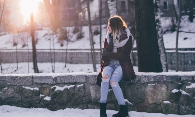 5 Signs To Tell If Your Crush Likes You