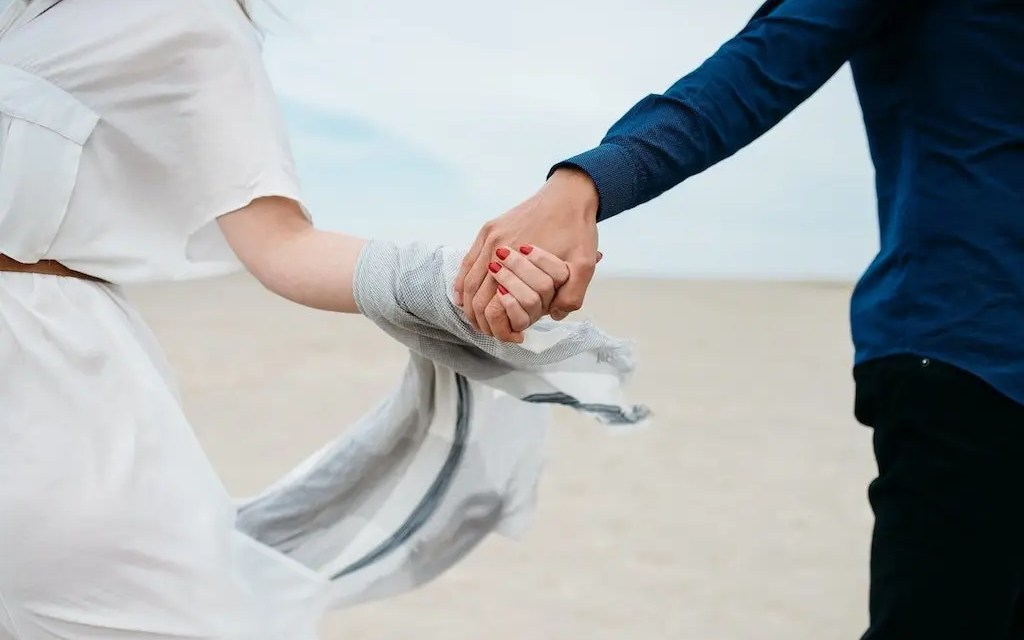 How To Build and Develop Trust In Your Relationship