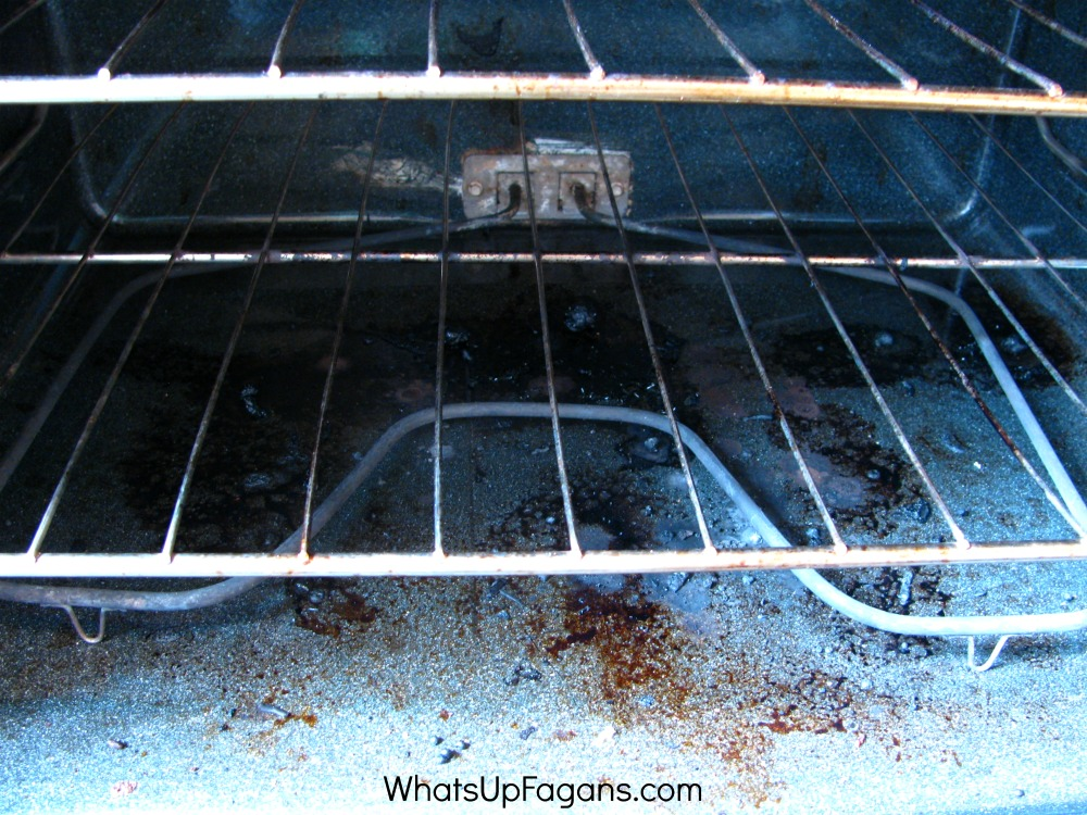 dirty oven before oven cleaning