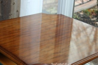 Housekeeping Cleaning Tips - Clean wood tables