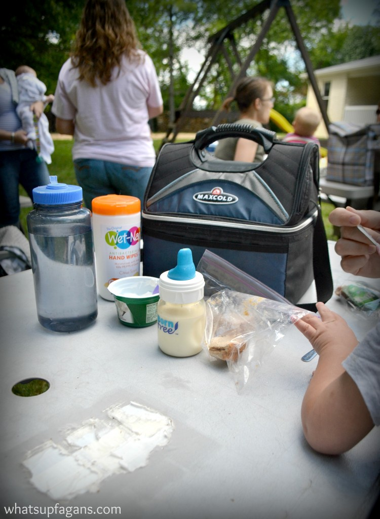 Tip #6 for a successful playgroup - Have people bring their own lunches every week. #showmeyourmess #pmedia #ad
