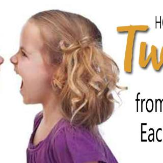 5+ Tips on how to stop twins from hitting each other. Great parenting tips for toddler discipline for twin siblings.