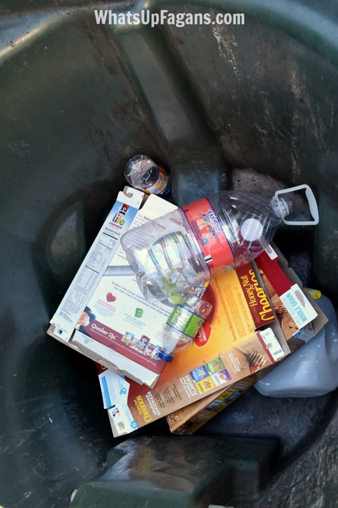 Great tips for people living in an apartment: how to recycle in an apartment complex without it being too much hassle (especially if you have kids)