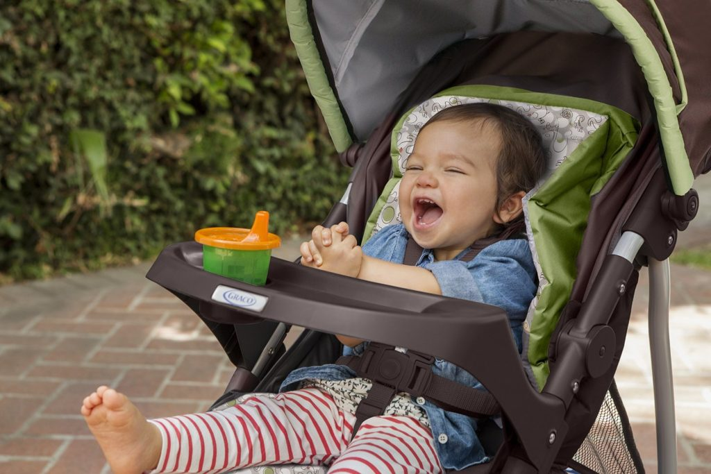 baby essential - baby stroller - baby must-have