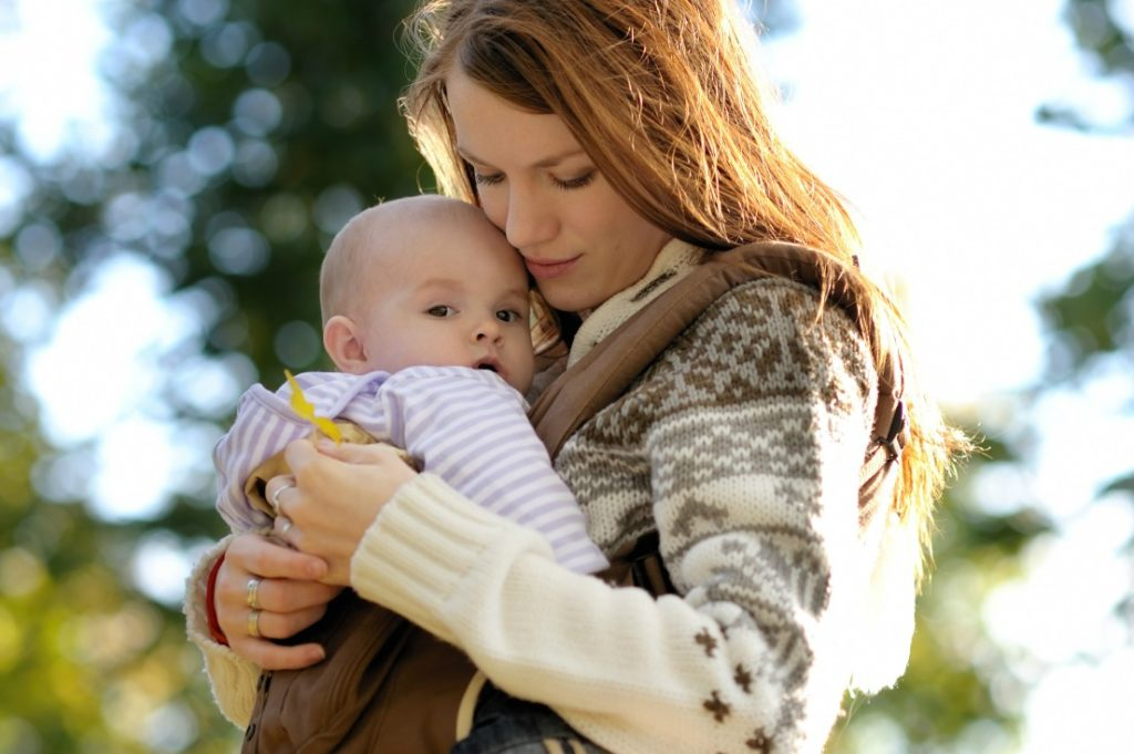 must have baby essentials - baby items - baby carrier - best carrier for baby