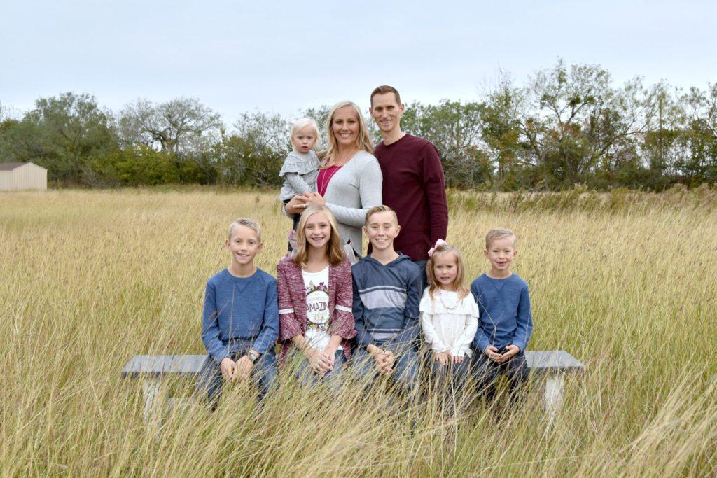 tips for outdoor family photos