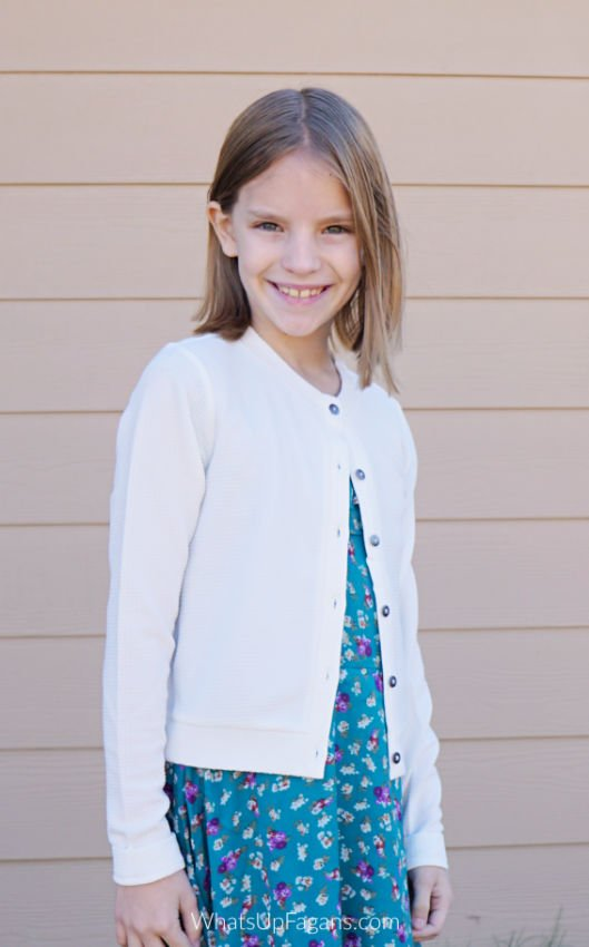 kidpik review of Kidpik clothes like this white button down cardigan and floral dress