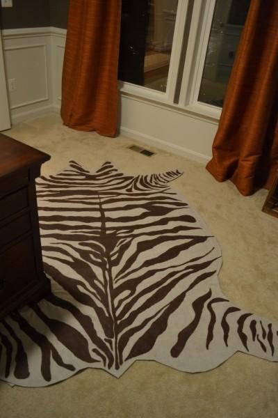Diy rug from drop cloth in a zebra hide pattern - Faux animal skin rugs ...