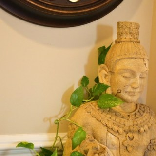 Buddha statue in decor