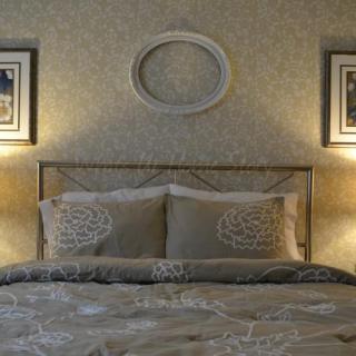 vintage picture frame makeover, neutral bedroom