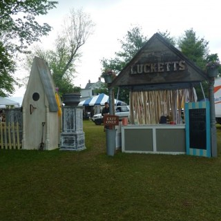 Whats Ur Home Story: The Old Lucketts Store Spring Market