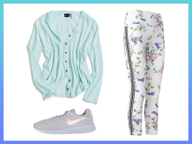 Best Athleisure Leggings Outfit for Plane Women's