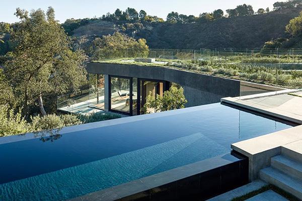 Oak Pass, Beverly Hills
