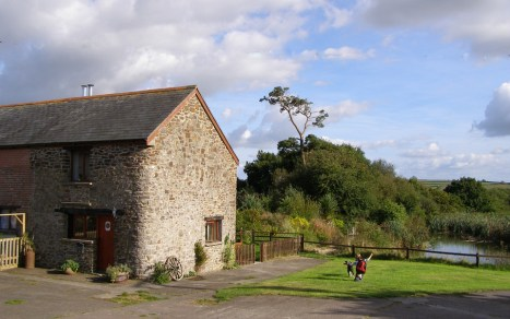 Otter Cottage at Wheatland Farm Eco Lodges