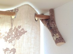 Hedgerow curtain support in Balebarn eco lodge