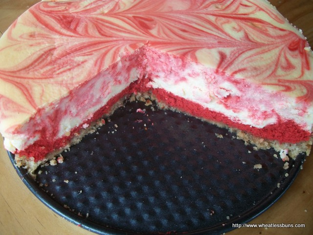 Red Velvet Cheesecake ~ Gluten Free, Low Carb ~ Wheatless Buns