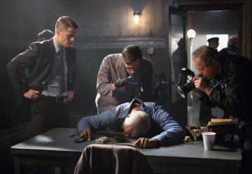 Gotham 1.13 Welcome Back investigation