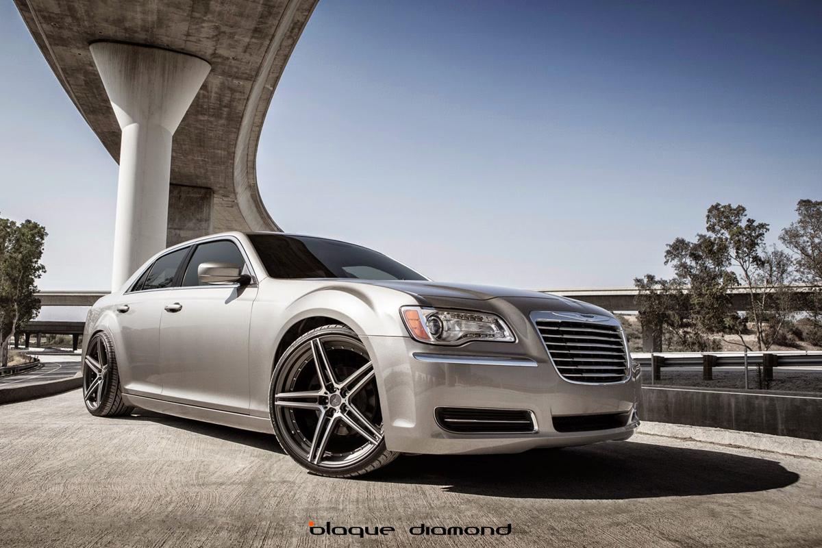 hight resolution of chrysler 300 wheels blaque diamond wheels
