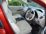 Smart, spacious and comfortable, the driving compartment is a pleasant place to be.